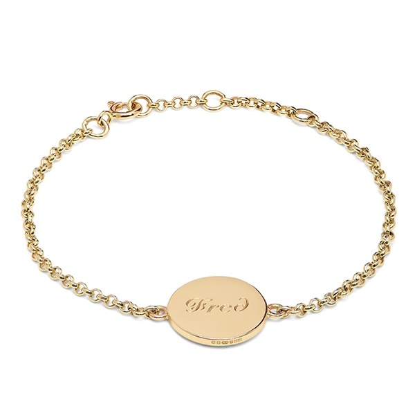 philippa_herbert_9kt_yellow_gold_large_disc_bracelet_script_engraving