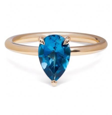 philippa-herbert-alexandra-felstead-cocktail-ring-9kt-yellow-gold-london-blue-topaz-pear-cut