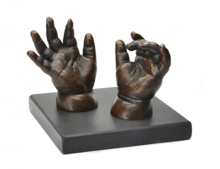 philippa_herbert_patinated_bronze_cast_baby_hands 2