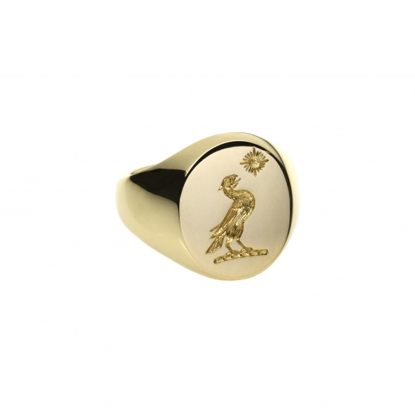 philippa-herbert-9ct-yellow-gold-crest-engraved-signet-ring-view2