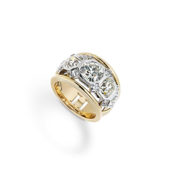 philippa-herbert-18ct-gold-bespoke-diamond-ring