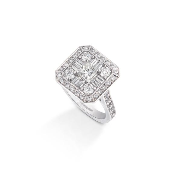 philippa-herbert-ltd-platinum-bespoke-engagement-ring