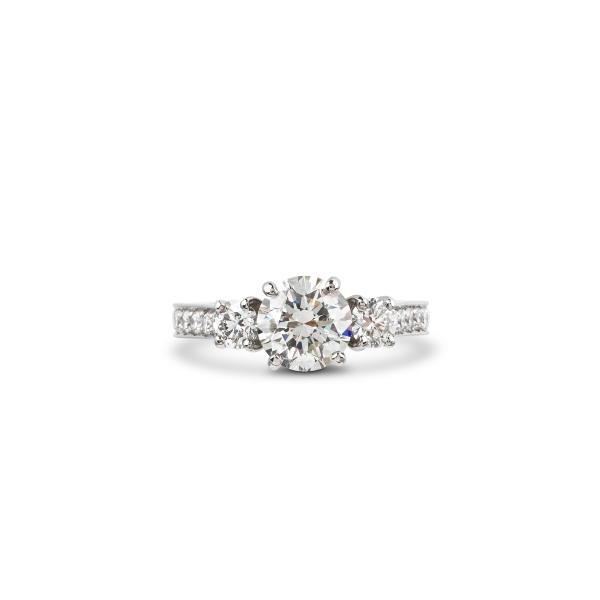 philippa-herbert-bespoke-diamond-engagement-ring