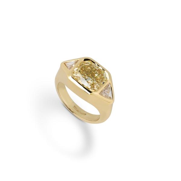 philippa-herbert-18ct-yellow-gold-bespoke-diamond-ring-3
