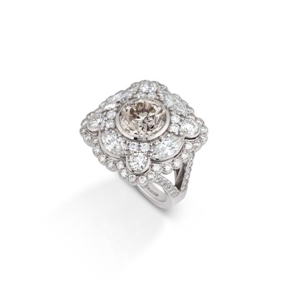 philippa-herbert-bespoke-diamond-ring-view1